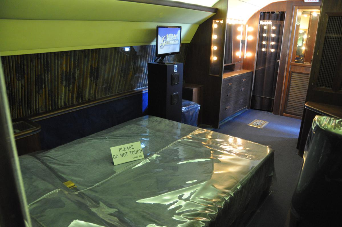 Elvis-Bedroom on the Lisa Marie Plane