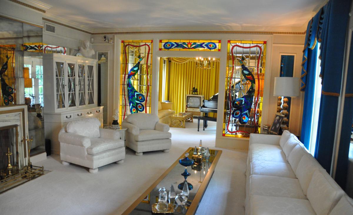 Graceland-Mansion-Living-Room